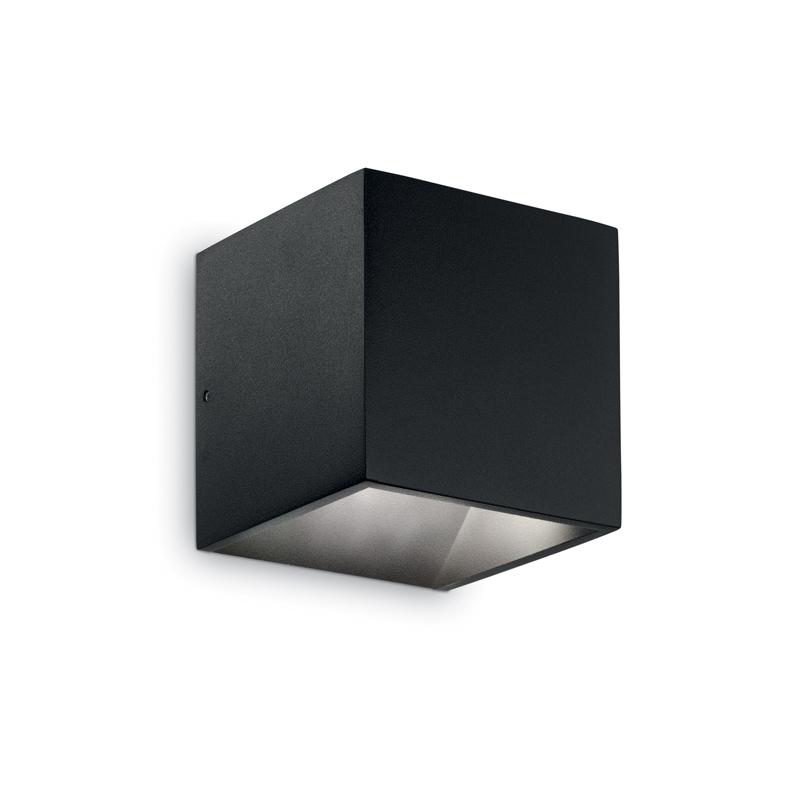 faretto da muro cubo nero